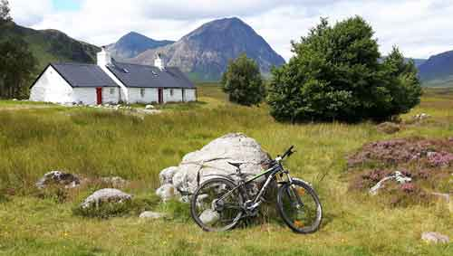 Blackrock Cottage with Buchaille Etive Mor in background